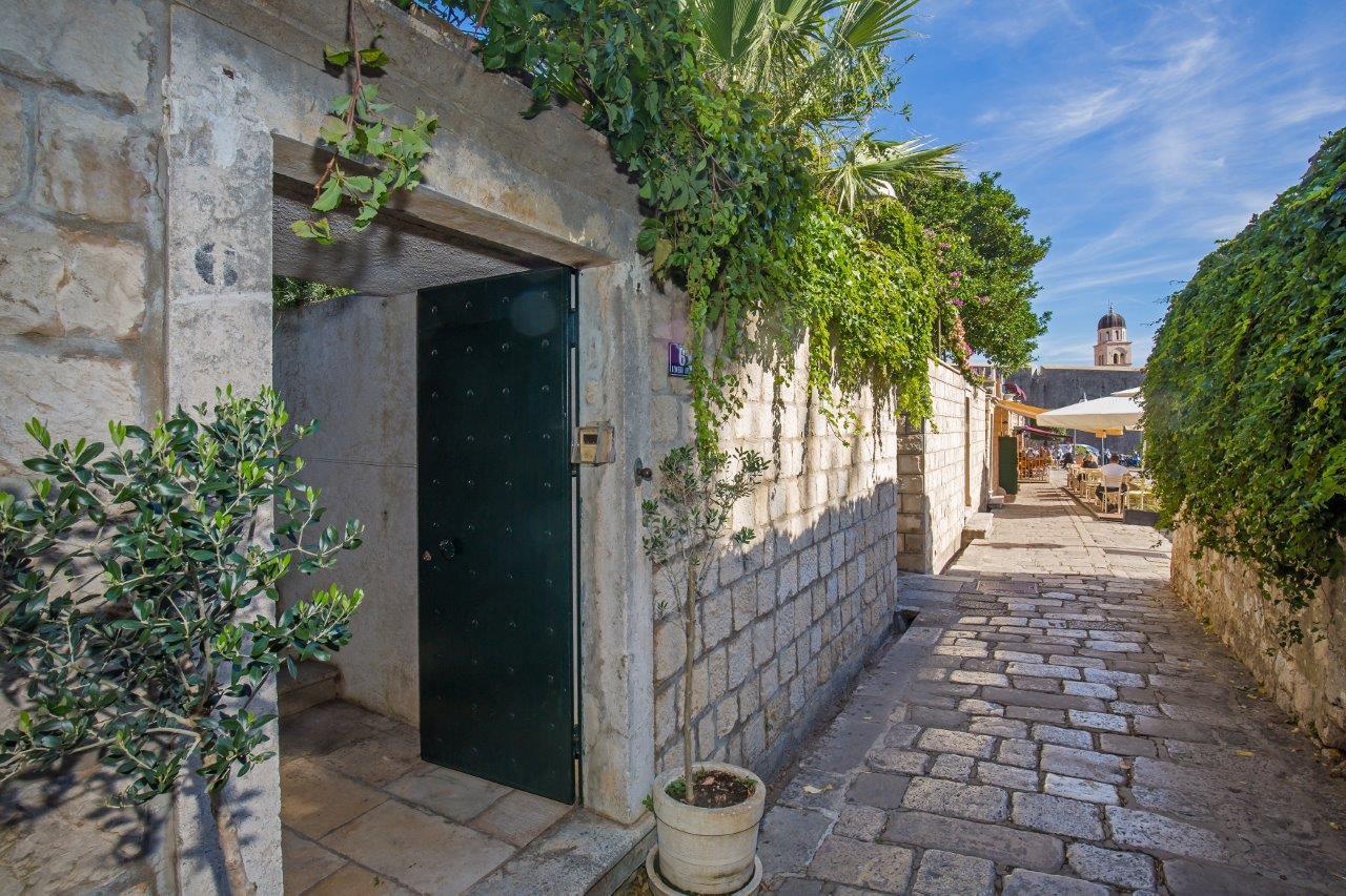 heritage_villa_west_gate34