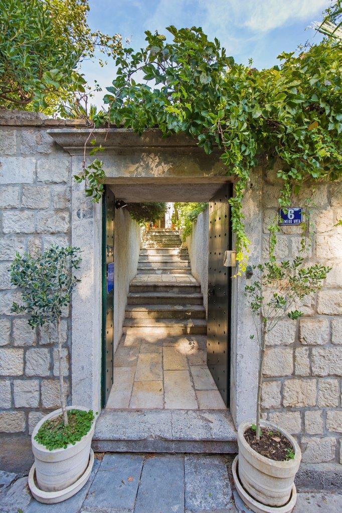 heritage_villa_west_gate35