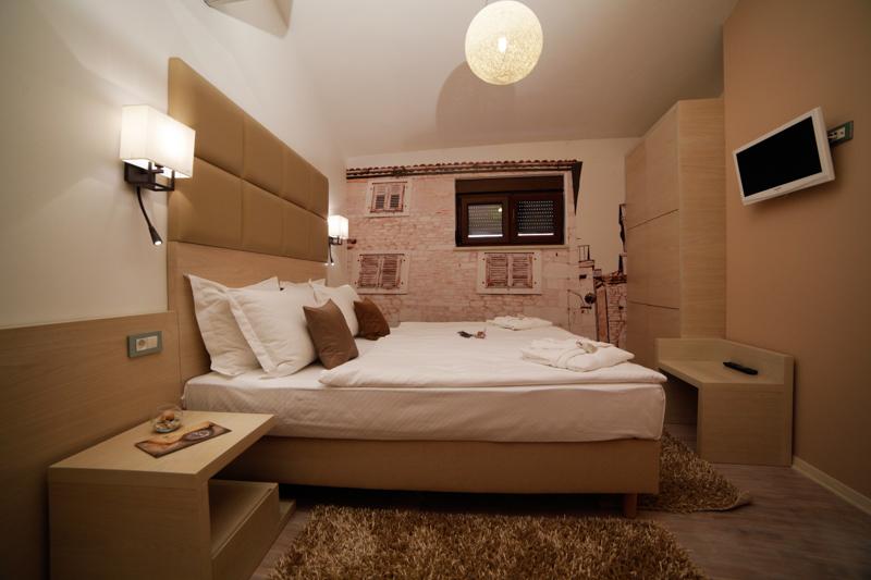 mini suite10
